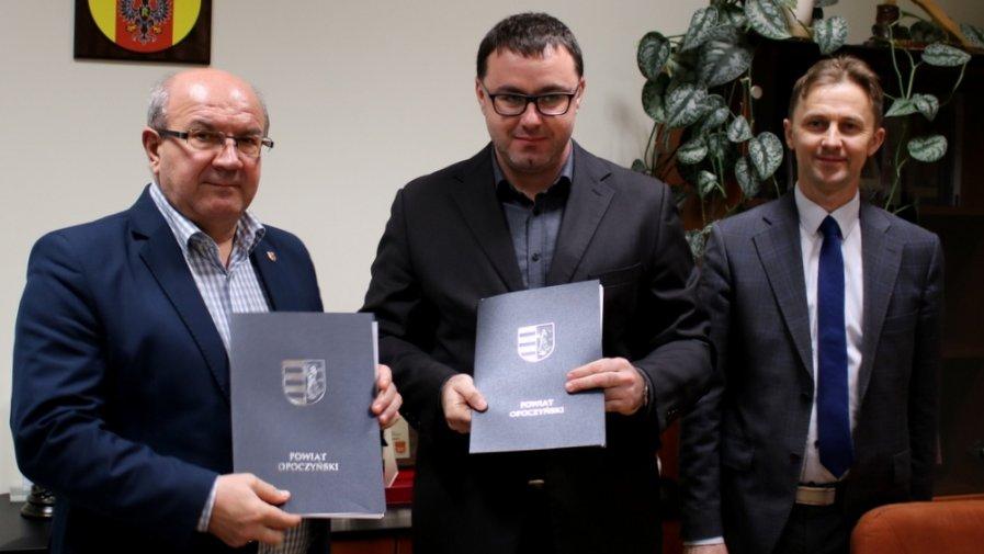 Podpisanie umowy na przebudowę DPS-u w Drzewicy
