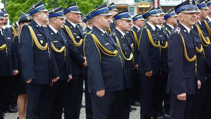 Wśród awansowanych na stopień starszego brygadiera znaleźli się, m.in.: bryg. Józef Pacan Komendant Powiatowy PSP w Opocznie wraz z zastępcą bryg. Andrzejem Śpiewakiem.