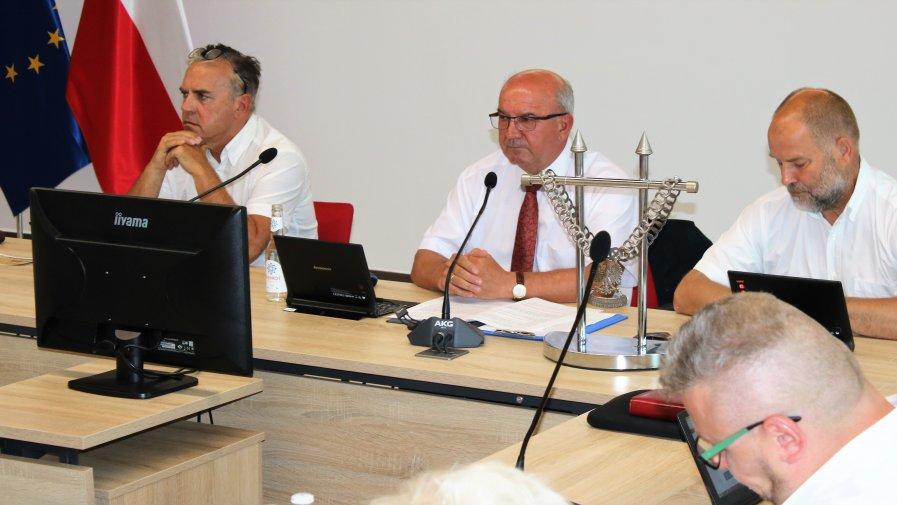 Wczorajsza Sesja Rady Powiatu miała wiele istotnych punktów. Dyskutowano nad realizacją zadań powiatu na rzecz osób niepełnosprawnych.