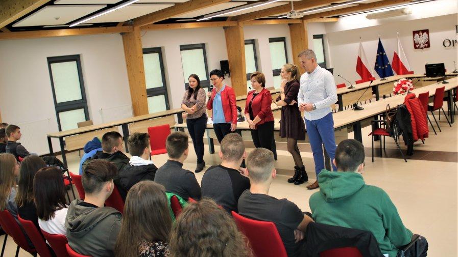 """Tematem szkolenia było """"Prawo w działaniu"""". Szkolenie poprowadziły panie adwokat współpracujące z Fundacją Honeste Vivere, Aleksandra Dulewicz-Swat i Ilona Połeć."""