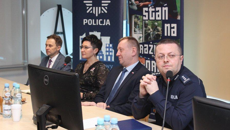 ODPRAWA OPOCZYŃSKICH POLICJANTÓW