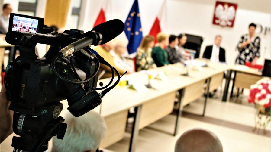 Za pośrednictwem naszym mediów społecznościowych, będziemy przybliżać Państwu sylwetki partnerów i organizacji pozarządowych, które uczestniczyły w Forum Organizacji Pozarządowych Powiatu Opoczyńskiego.