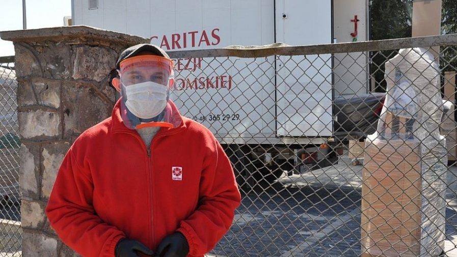 W walce z koronawirusem przyszły nam z pomocą instytucje Kościelne. Wielkim wsparciem dla Powiatu Opoczyńskiego stała się Caritas Diecezji Radomskiej.