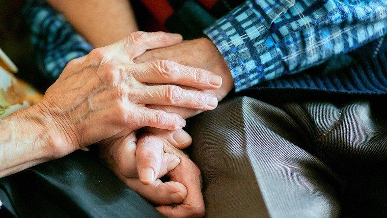 Pomoc osobom niepełnosprawnym poszkodowanym w wyniku żywiołu lub sytuacji kryzysowych wywołanych chorobami zakaźnymi