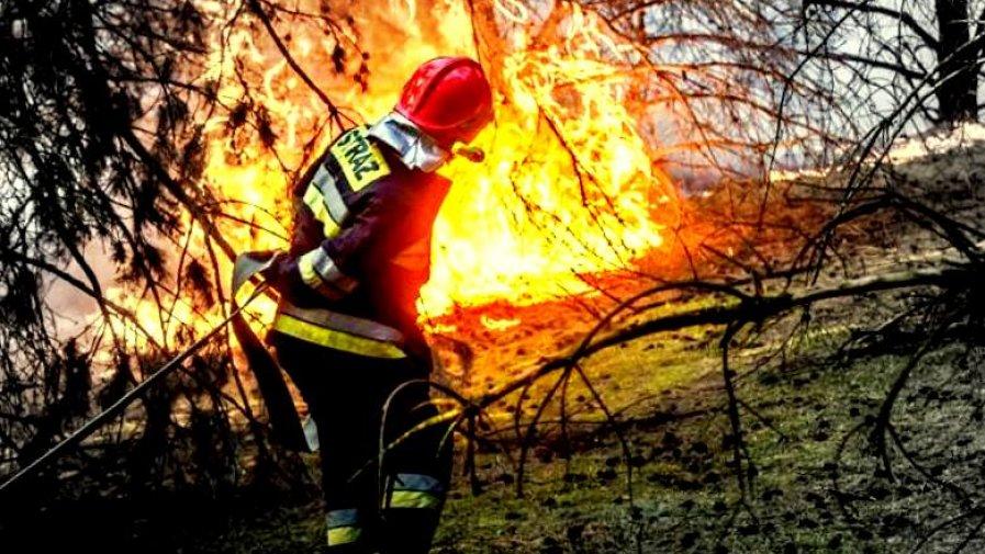 Dzień Strażaka, to międzynarodowe święto strażaków obchodzone 4 maja. Strażacy są zawsze tam, gdzie ich potrzeba. I to nie tylko wtedy, kiedy trzeba gasić pożary.