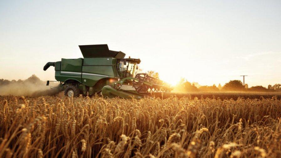 """O miesiąc, do 30 czerwca 2020 r., został wydłużony termin składania wniosków na """"Modernizację gospodarstw rolnych"""" w obszarze D i """"Restrukturyzację małych gospodarstw"""". Pierwotnie nabór wniosków ogłoszony był do 29 maja."""