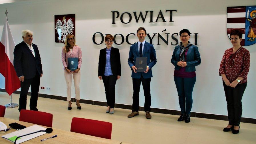 Fundusz Dróg Samorządowych przekaże w tym roku władzom gmin i powiatów 145 milionów złotych. Dzięki FDS, Nie zabraknie wielkich inwestycji w naszym powiecie.