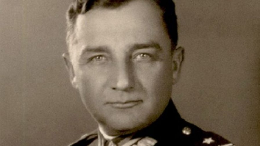 """Mija własnie 123 rocznica urodzin """" Hubala"""". Henryk Dobrzański urodził się 22 czerwca 1897 r. w Jaśle, w rodzinie szlacheckiej z arystokratycznymi koneksjami."""
