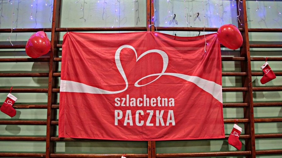 W tym roku Szlachetna Paczka chce pomóc osobom, które w wyniku pandemii straciły pracę. Aby to osiągnąć potrzebna jest pomoc ludzi i to wielu. Szlachetna Paczka rekrutuje 9,5 wolontariuszy.