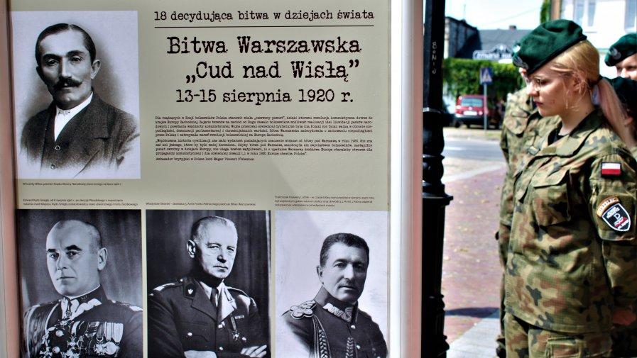 Do dziś Bitwa Warszawska uważana jest przez historyków za jedną z najważniejszych w dziejach świata.