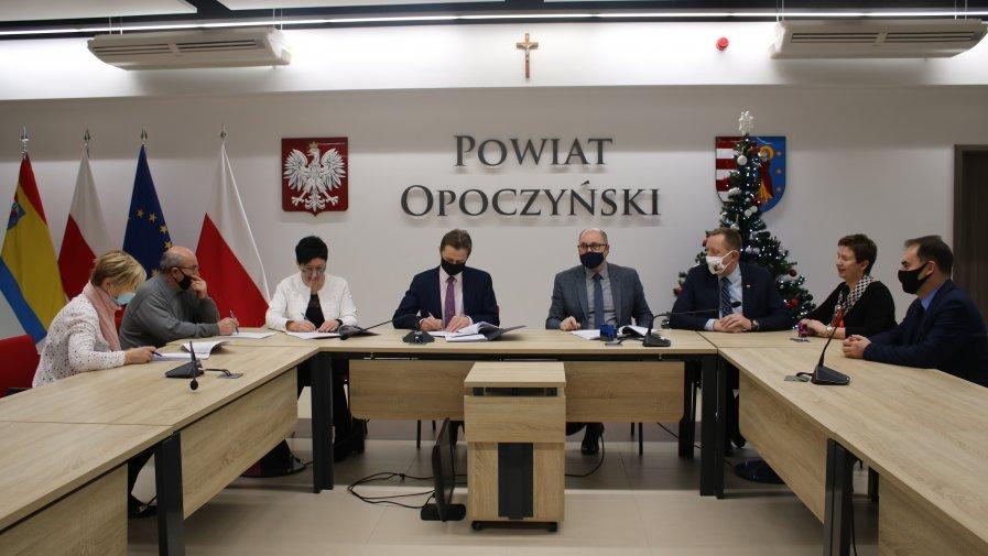 Nowe połączenia autobusowe dla mieszkańców powiatu opoczyńskiego!