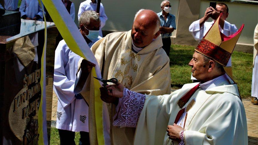 Ksiądz Biskup Tomasik naszymi oczami