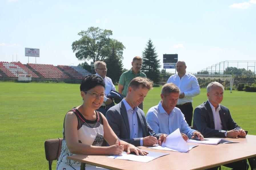 podpisanie umowy OMS